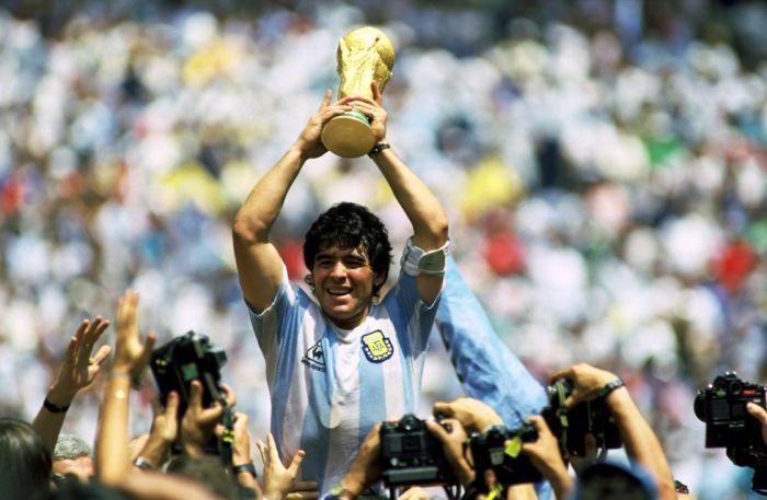 Diego Maradona mengantarkan Argentina meraih gelar Piala Dunia pada 1986