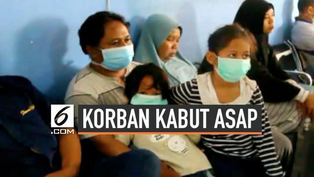 Sebulan musibah kabut asap rumah sakit dan puskesmas dipenuhi pasien anak dan orang tua yang terpapar kabut asap.
