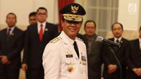 Wakil Gubernur Kepulauan Riau (Kepri) Isdianto usai dilantik Presiden Joko Widodo atau Jokowi di Istana Negara, Jakarta, Selasa (27/3). Jokowi mengambil sumpah Isdianto sebelum resmi menempati jabatan Wakil Gubernur Kepri. (Liputan6.com/Angga Yuniar)