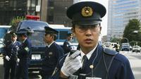 Yakuza Terbesar Pecah, Polisi Bersiap Hadapi Kekerasan Antar Geng (The Guardian)