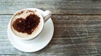 Membatasi konsumsi kafein ternyata bisa memberikan efek kesehatan yang signifikan.