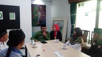 Ridwan Kamil bertemu Rabiatul Adawiyah