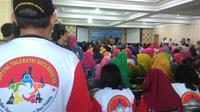 Kelompok lintas agama di Jalan Sasak Gantung, Kelurahan Balonggede, Kecamatan Regol, Kota Bandung, Jawa Barat mendeklarasikan kampung toleransi. (Liputan6.com/ Arie Nugraha)