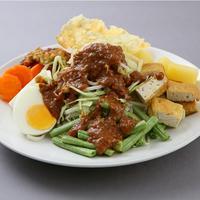 Gado-gado jadi salah satu pilihan makanan sehat William Wongso. foto: satujam.com