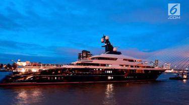 Polri mengungkap barang bukti hasil kejahatan pencucian uang di Amerika Serikat, berupa super yacht seharga Rp 3,5 triliun.