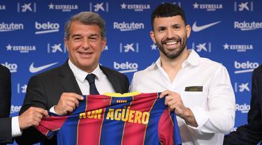 FOTO: RESMI! Sergion Aguero Merapat ke Blaugrana