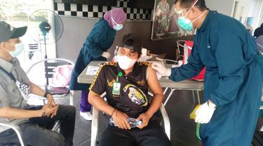Puluhan Ribu Buruh Divaksinasi Covid-19 di Kota Tangerang