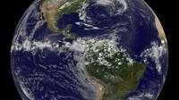 Google Earth. (Kredit gambar: Proyek NASA / NOAA GOES, Dennis Chesters)