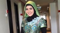 Ikke Nurjanah berhijab [foto: instagram/ikkenurjanah0518]