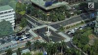 Salah satunya di simpang Tugu Jam MH Thamrin. Simpang Tugu Jam MH Thamrin kini dilengkapi dengan jalur pedestrian yang lebih lebar serta zebra cross dan Yellow Box Junction. (merdeka.com/ Iqbal S. Nugroho)