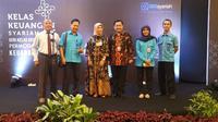 BRIsyariah memberikan edukasi mengenai pengelolaan keuangan syariah dan permodalan perbankan syariah di hadapan 100 orang pelaku ekonomi kreatif di Cirebon.