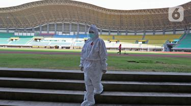 FOTO: Stadion Patriot Disulap Jadi Ruang Isolasi Tambahan COVID-19
