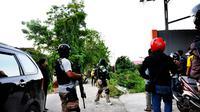 Densus 88 Antiteror menggelar operasi penangkapan terhadap kelompok teroris Poso pimpinan Santoso. (Liputan6.com/Dio Pratama)