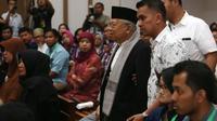 Ketua MUI, Ma'ruf Amin menghadiri sidang kedelapan kasus dugaan penistaan agama di Auditorium Kementan, Jakarta, Selasa (31/1). Ma'ruf akan menjadi saksi pada sidang lanjutan dengan terdakwa Basuki Tjahaja Purnama (Ahok). (Liputan6.com/Seto Wardhana/Pool)