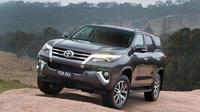 PT Toyota Motor Manufacturing Indonesia (TMMIN) yang mencetak Fortuner anyar inipun mulai disibukkan dengan aktivitas produksi.