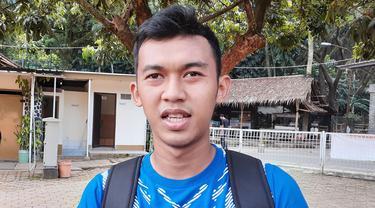 Gelandang Persib Bandung, Abdul Aziz. (Bola.com/Erwin Snaz)