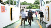 Kepala BPH Migas melakukan Kunjungan Lapangan terkait ketersediaan kebutuhan JBT untuk kapal ASDP wilayah Sorong, Papua Barat. (Dok BPH Migas)