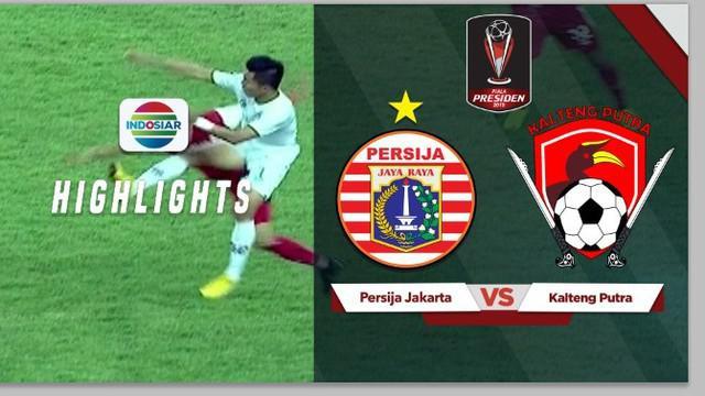 Berita video kartu merah yang diterima oleh pemain Kalteng Putra, Dadang Aprianto usai melakukan tendangan kung fu terhadap Ismed Sofyan di babak perempat final Piala Presiden 2019.