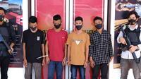 Keempat pelaku perampasan handphone dengan modus pura-pura tanya alamat di Aceh Utara (Liputan6.com/Ist)