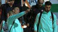 Cristiano Ronaldo dan Andre Gomes saat memperkuat Timnas Portugal. (AFP/Roman Kruchinin)