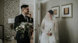 Pasangan ini meresmikan hubungannya sejak 23 Maret 2018 silam. Dua hari setelah nikah, Petra lupa telah menikah. Hal itu ketika sedang jalan berdua, Petra akan mengantarkan ke rumah istrinya. (instagram/aquilafirrina)