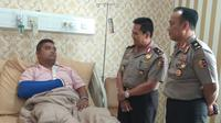 Karopenmas Humas Polri Brigjen Dedi Prasetyo menyambangi RS Polri, Jakarta Timur. (Merdeka.com)