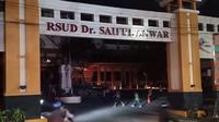 RSUD Saiful Anwar (RSSA) Malang pasca meledaknya panel listrik yang menyebabkan layanan lumpuh sementara (Liputan6.com/Zainul Arifin)