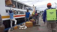 Kapal Mentawai Fast saat bersandar di dermaga Tuapeijat. (Liputan6.com/ Dok Pembkab Mentawai)