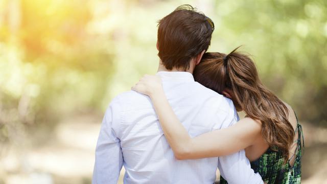 Top 3 Lifestyle: Tanda-Tanda Pria Jatuh Cinta pada Anda - Lifestyle Liputan6.com