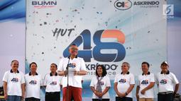 """Dirut PT Askrindo, Andrianto Wahyu memberikan sambutan pada acara HUT ke-48 Askrindo di Ancol Fantastique, Jakarta, Sabtu (6/4). Kegiatan mengusung tema """"Satu Langkah Satu Tujuan Kita Tingkatkan Daya Saing Perusahaan"""" dihadiri ratusan karyawan beserta keluarga. (Liputan6.com/HO/Iqbal)"""