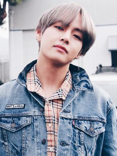 [Bintang] V BTS, Dari Anak Petani Sampai Jadi Idola Terpopuler