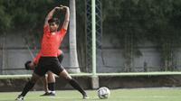 Bali United mengikat Irfan Jauhari dengan kontrak berdurasi tiga tahun untuk memperkuat Bali United senior. (dok. Bali United)