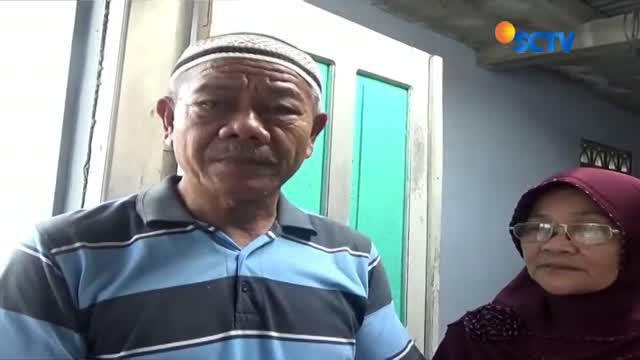 Ledakan petasan yang dahsyat membuat plafon dan dinding-dinding puluhan rumah warga di Kebumen, Jawa Tengah jebol.