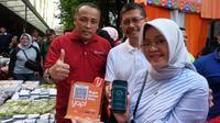 """Pengenalan sistem pembayaran baru,yap! dikemas dalam acara """"Launching Yap Zona Orange Pasar Kue Subuh dan Lesehan Blok M Square"""" pada hari Sabtu Pagi, 15 September 2018."""