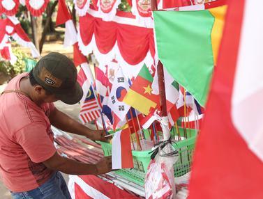 Penjual Bendera Merah Putih Mulai Ramai