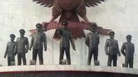 Menelusuri sejarah lewat 5 novel yang berkisah tentang G30S PKI. | via: youtube.com