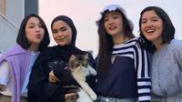 Reuni Blink yang terwujud pada Juni 2020 berkat single baru Ify Alyssa, What About Us. (Dok. Istimewa)