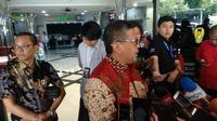 Sekretaris Jenderal PDIP Hasto Kristiyanto saat menjenguk Wiranto di RSPAD, Senin (14/10/2019). (Liputan6.com/Putu Merta Surya Putra)