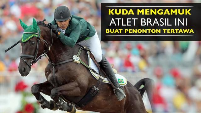 Video Ruy Fonseca atlet berkuda halang rintang asal brasil ini di buat mal dengan kudanya, Rabu (10/8/2016).