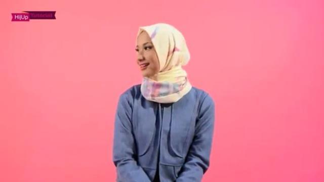 Tutorial Hijab Super Simpel Untuk Bergaya Bak Perempuan Turki Ramadan Liputan6 Com
