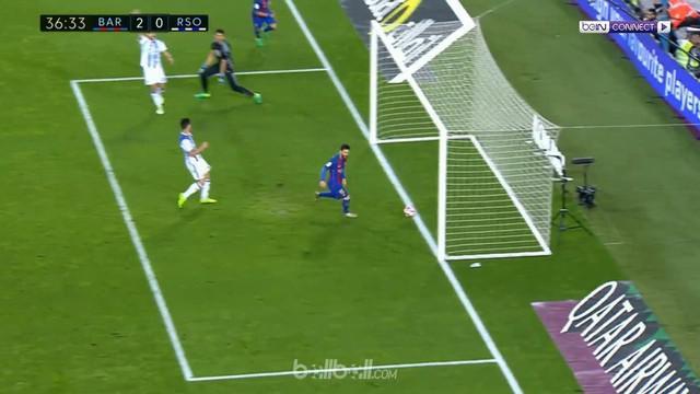 Berita video gol mudah Lionel Messi dalam laga kemenangan Barcelona atas Real Sociedad. This video presented by BallBall.