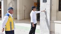 Presiden Jokowi memantau bangunan sekolah yang rusak akibat gempa Lombok (Biro Pers Setpres)