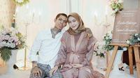 Momen Romantis Young Lex dan Sang Istri (Sumber: Instagram//eriskanakesya//young_lex18)