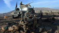 (ilustrasi) Tentara Afghanistan saat melaksanakan operasi militer melawan ISIS di Provinsi Nangarhar, Afghanistan pada 2016 (sumber: Sputnik News Agency)