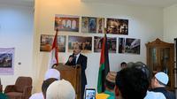 Taher Hamad, Wakil Duta Besar Palestina untuk Indonesia ketika menyampaikan pidato pembuka pada acara penolakan rencana perdamaian Timur Tengah pada Rabu (5/2). (Liputan6.com/ Benedikta Miranti T.V)