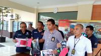 Polres Cilacap mengungkap kasus percobaan perkosaan dengan tersangka DM (51 th), warga Banjaran Desa Banjareja, Nusawungu. (Foto: Liputan6.com/Polres Cilacap/Muhamad Ridlo)