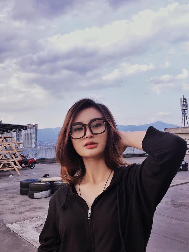 6 Potret Liya Wanita yang Viral Punya Foto KTP Cantik, Bikin Iri Netizen