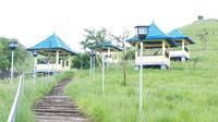 Foto: Bukit Kajuwuluh, salah satu destinasi wisata di kabupaten Sikka (Liputan6.com/Ola Keda)