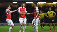 LUMAT - Arsenal menang telak 3-0 melawan Watford pada laga lanjutan Premier League 2015 - 2016, Sabtu (7/10/2015) malam WIB. (Reuters / Alan Walter)