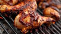 Berikut resep ayam bakar lezat yang bisa kamu praktekkan untuk memeriahkan acara tahun baru nanti malam. (Via: lifehack.org)